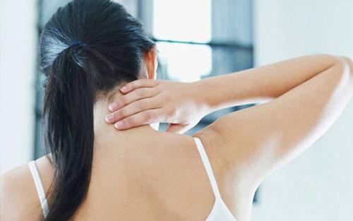 Førstehjælp ved skader på  bevægeapparatet inkl.  hovedskader